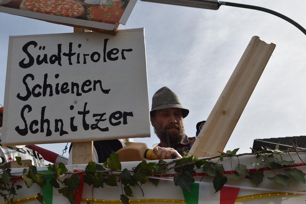Des ko no lang dauern mit am Südzulauf. Bürgerforum Inntal Faschingzug Flintsbach Brennernordzulauf