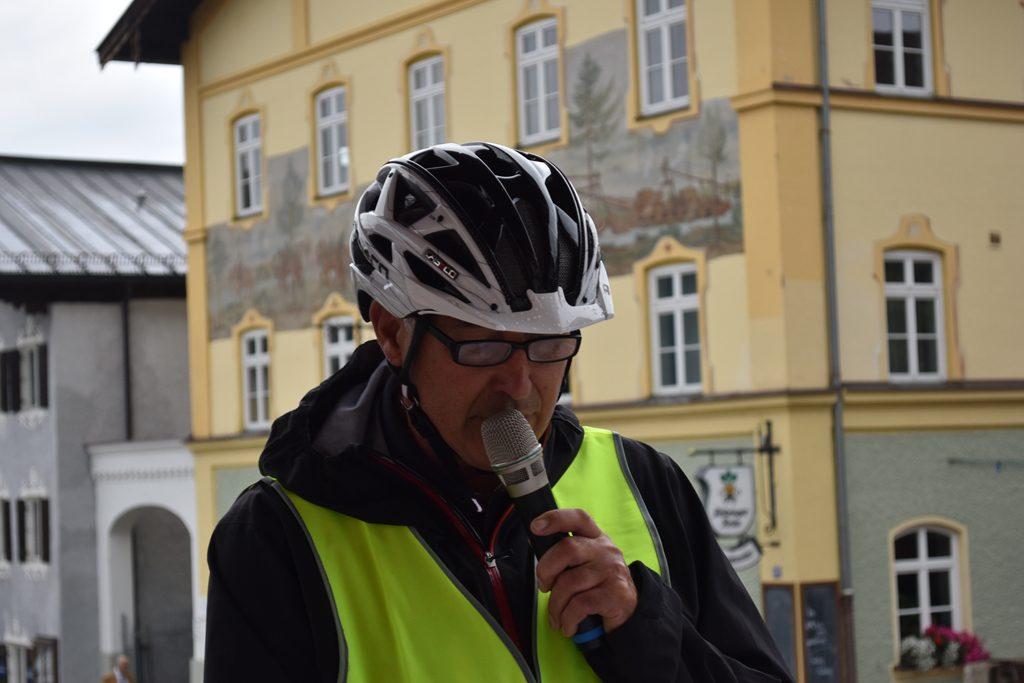 Neubeuern Marktplatz Dieter Dimmling  Bürgerforum Inntal Fahrraddemo 2018, Brennernordzulauf