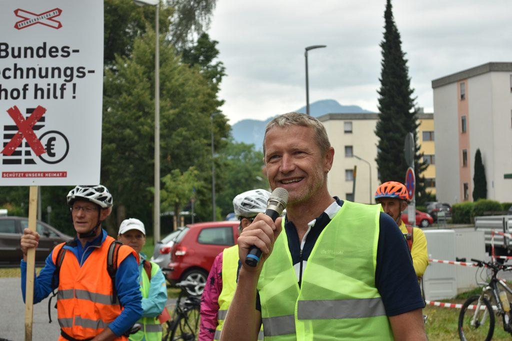 Raubling Gemeindehalle Rainer Auer  Bürgerforum Inntal Fahrraddemo 2018, Brennernordzulauf