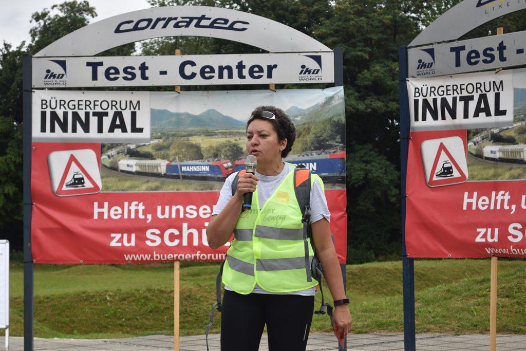 Iko Kirchdorf Frau Burgmaier  Bürgerforum Inntal Fahrraddemo 2018, Brennernordzulauf